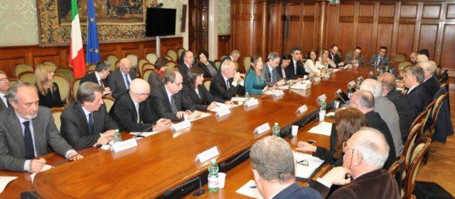 Il Sottosegretario Maria Elena Boschi riapre il Tavolo Esuli-Governo e si impegna per risolvere le questioni ancora aperte