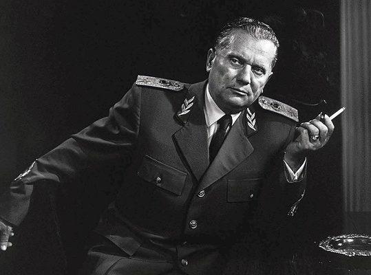 """L'appello degli esuli al premier Conte: """"Revochi le onorificenze a Tito"""""""