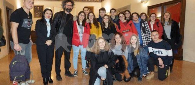 Premio dignità Giuliano-Dalmata nel mondo 2020 a Simone Cristicchi